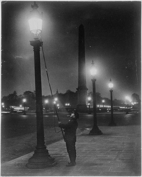 Allumeur de réverbères, place de la Concorde, 1933