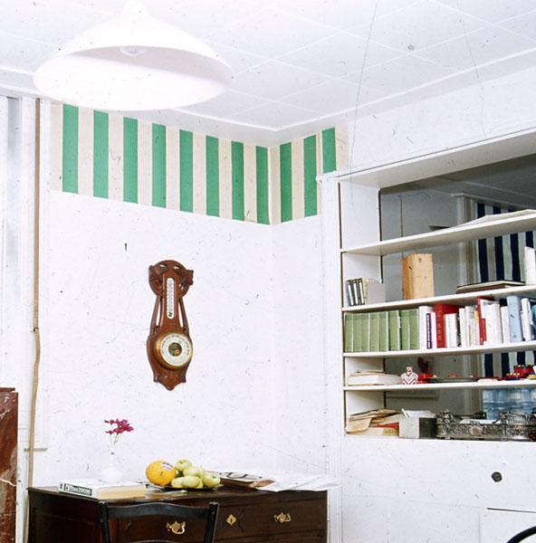 Papiers collés blanc et vert, 1969 - Даниель Бюрен