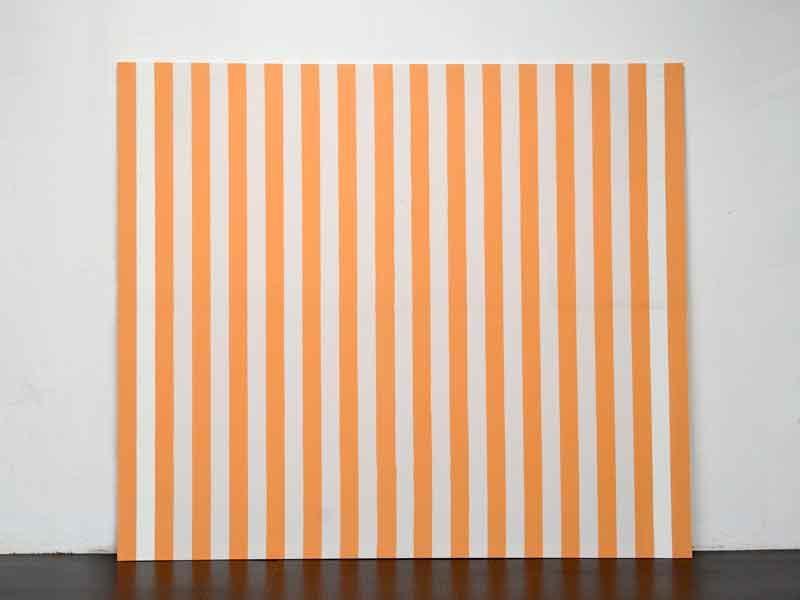 peinture acrylique blanche sur tissu ray blanc et orange daniel buren. Black Bedroom Furniture Sets. Home Design Ideas