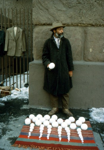 Bliz-aard Ball Sale, 1983 - David Hammons