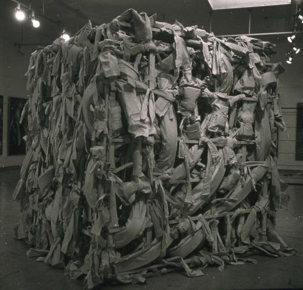 Shedmesh, 1976 - Phyllida Barlow